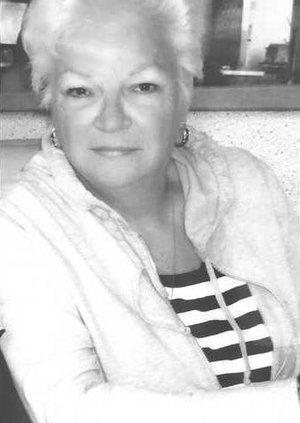Carol Hoper BW