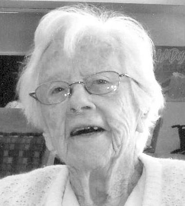 Edna Schoeborn bw
