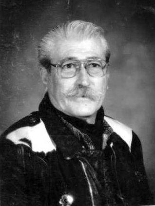 Raul Navarro  bw