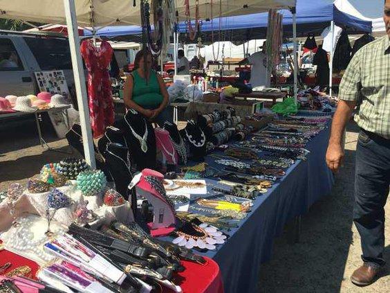 flea market pic 2