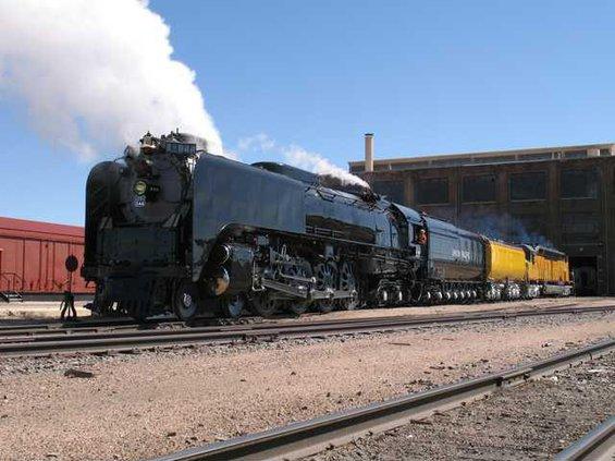 844 6936 locos