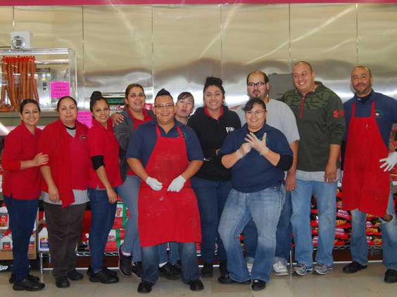 ROSITA Owner George Toscano Green Shirt and Staff
