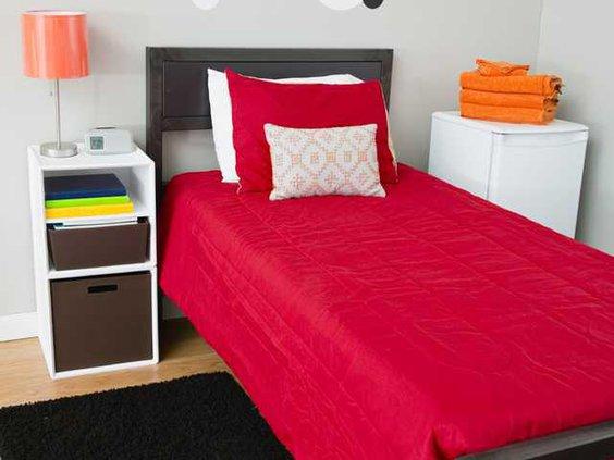 dorm room pic