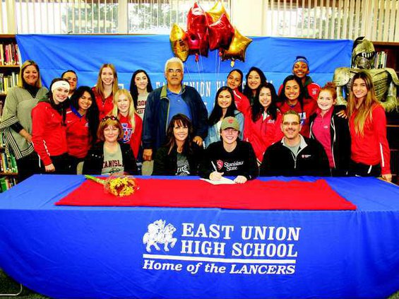 GSOC--East Union-Zuniga signs pic copy