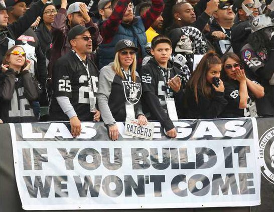 FBN--Raiders-Move-Oakland file pic