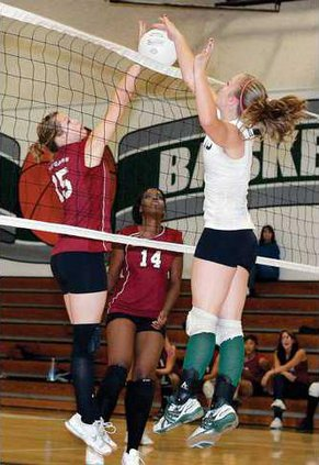 LHSMHS-VOLLEY1-10-15-09