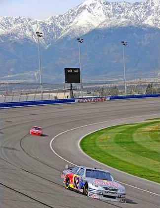 NASCAR-Auto-Club-500-Speed
