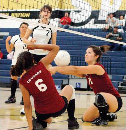 WRHSLHS-VOLLEY1-10-22-09
