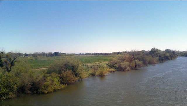 Tuolumne River pic