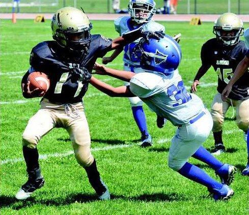 FB--Jr TWolves-Jr Spartans pic 3