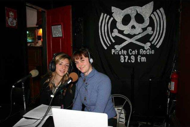 Taylor radio 1