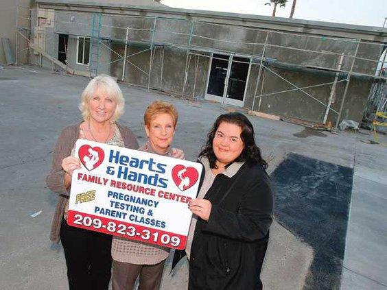 HEARTS HANDS1-1-9-14-LT