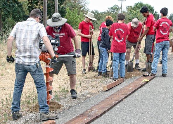 railing crew