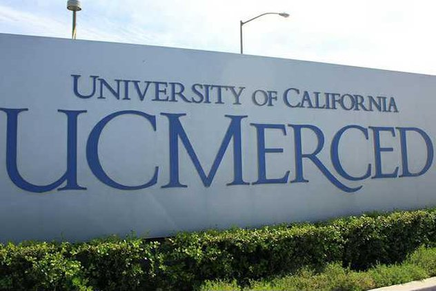 UC-Merced-Sign