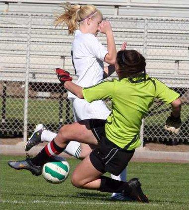 4-13 OAK Soccer1