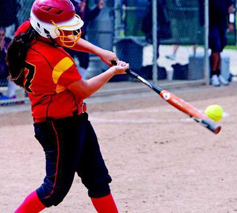 0410  Softball 1