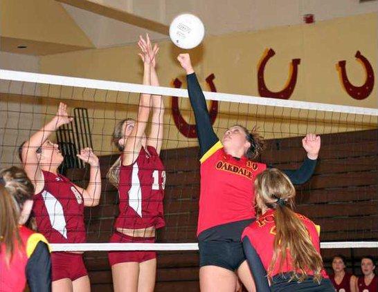11-17 Oak Volley1