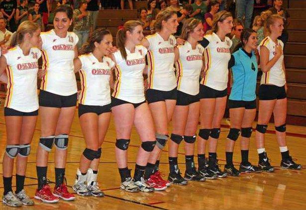 11-23 OAK Volleyball1