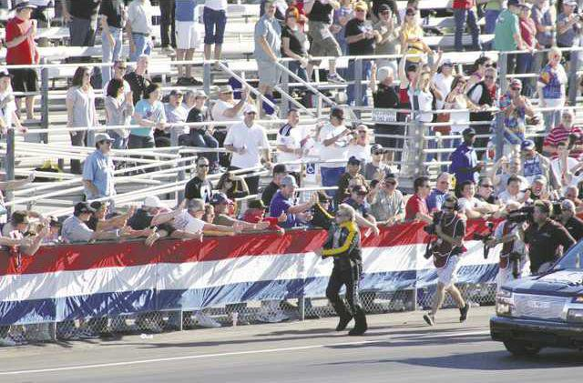1201 Race1