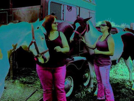 HorseWomen A 4085