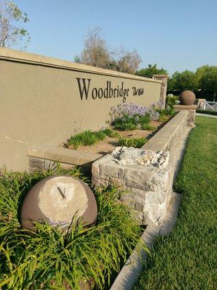 Northern entrance, Del Webb Woodbridge.jpg