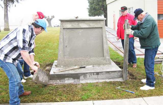 Irwin monument pic1