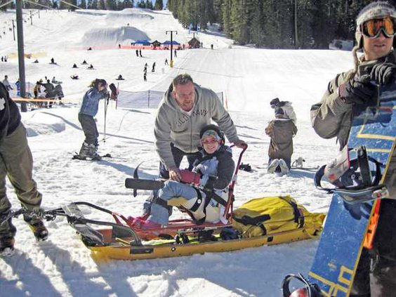handicapped-skiing-pic2
