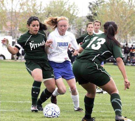 Pit-THS soccer pic1