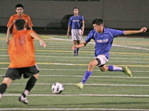 THS soccer pic2