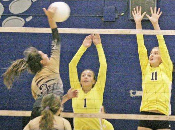 Turlock volleyball pic1