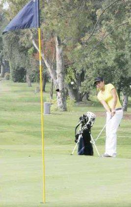 golf pic1 Hannah Gong