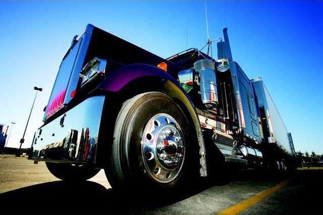 semi truck pic
