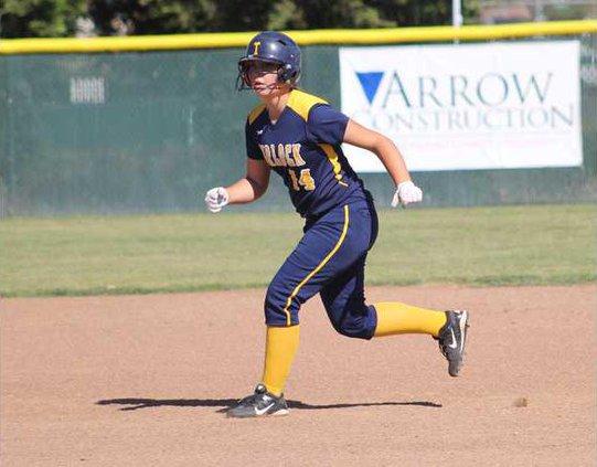 turlock softball pic1