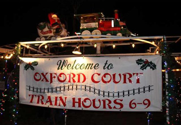 oxford court christmas train