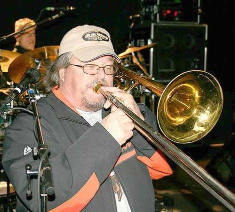 mic-trombone-dec-31-2010