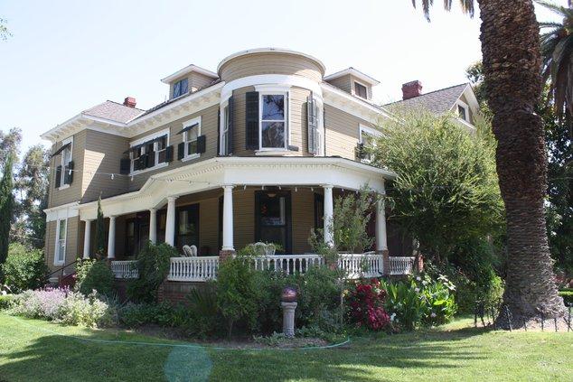 Whitmore Mansion