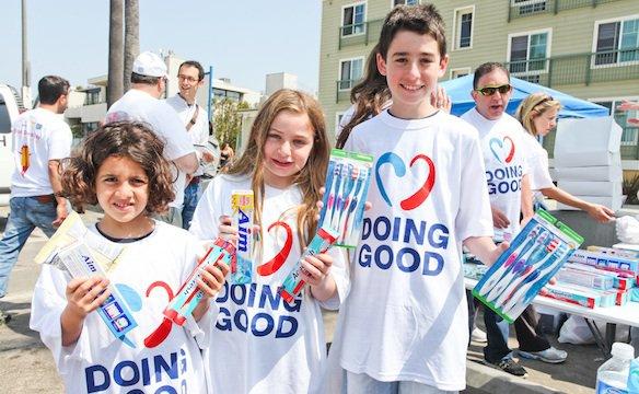 com_good-deeds-day_051112-584.jpg