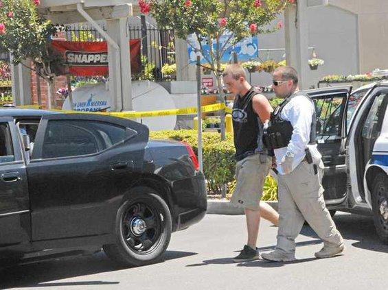 Explosives-suspect-DSC 4413