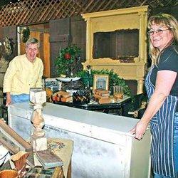 Hunters Snap Up Treasures At Sues Country Barn Manteca Bulletin