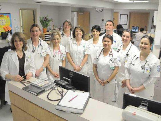 Delta-Nurses-DSC 4750-top-LT