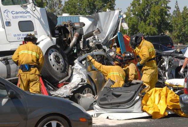 Freeway fatality DSC 5546