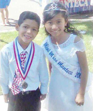 09-Mini-Titleholders1