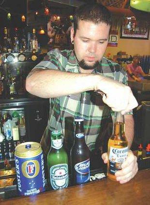 LABOR--Bartender-Pic