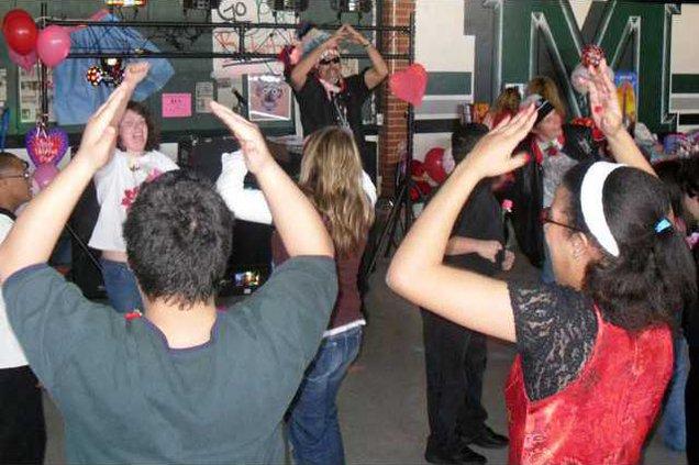 Pic valentine-dance-4