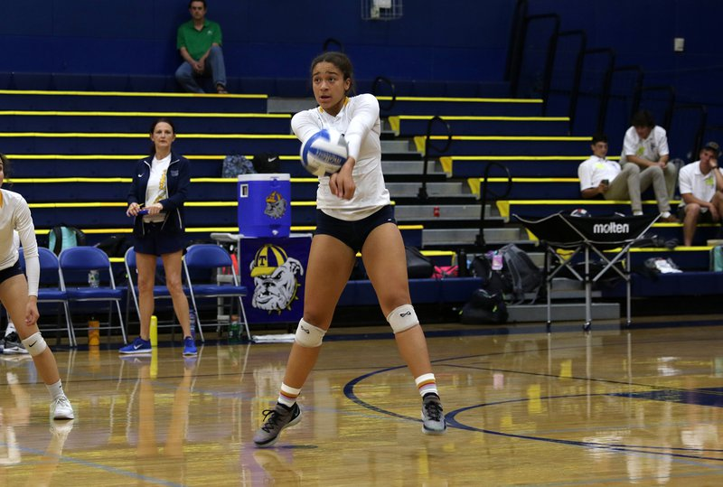 turlock volleyball pic3