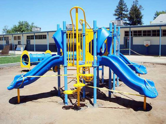 playground-LT