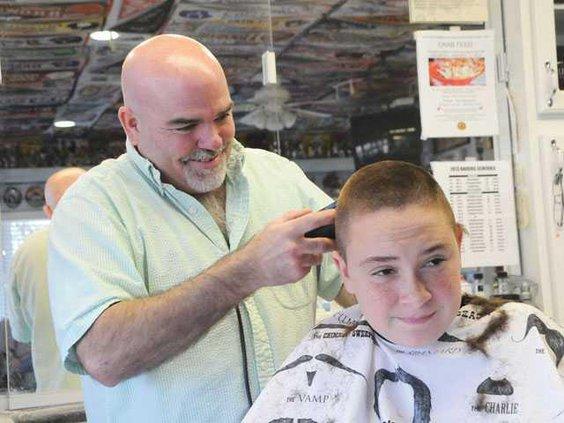 Barber-DSC 3032-LT