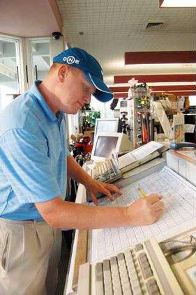 LABOR--Golf-Shop-Worker-1