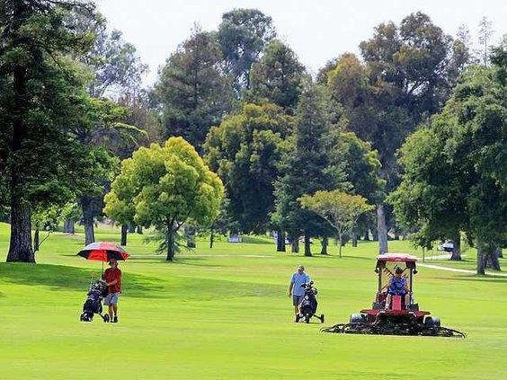 pg 27 golf course