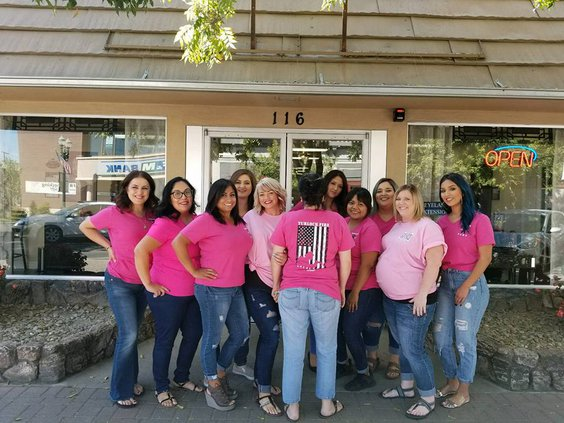 Salon Rouge breast cancer